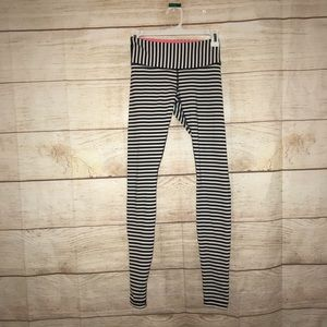 Lululemon size 4 striped leggings